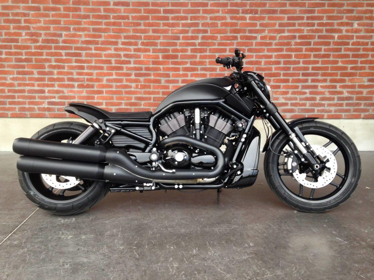 "Harley Davidson Muscle "" Full Black "" Borie"