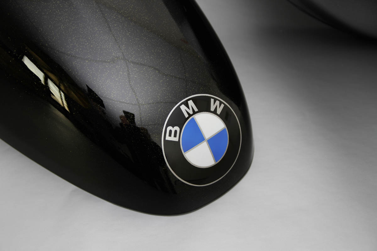 BMW Nine T Pin-Up
